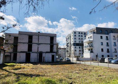 Nowy budynek od ul. Fałata w sąsiedztwie Osiedla OSP