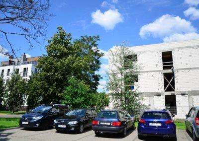 Południowa strona nowego budynku od strony OSP
